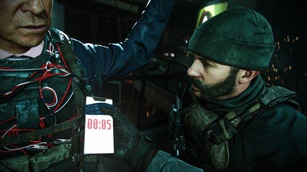 《使命召唤:现代战争》热循环MP5烟雾杀任务打
